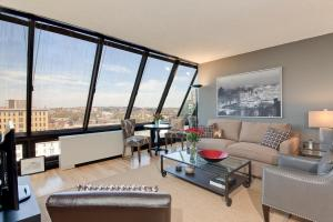 1245 13th St NW Washington DC-large-004-Great Room-1500x1000-72dpi