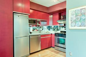 1245 13th St NW Washington DC-large-017-Kitchen-1500x1000-72dpi